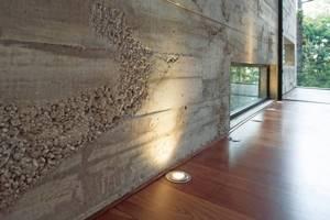 Особенности декоративного бетона для стен, способы его нанесения, 28 фото с примерами и этапами работ