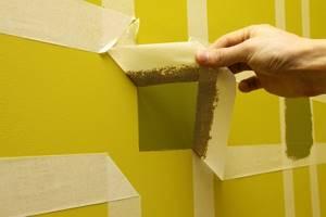 покраска стен с малярным скотчем