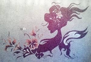 Жидкие обои с рисунком девушки в фиолетовом цвете