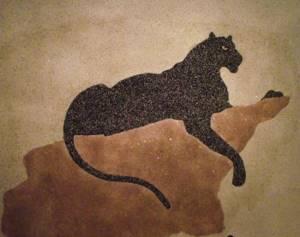 Жидкие обои в комнате с изображением пантеры